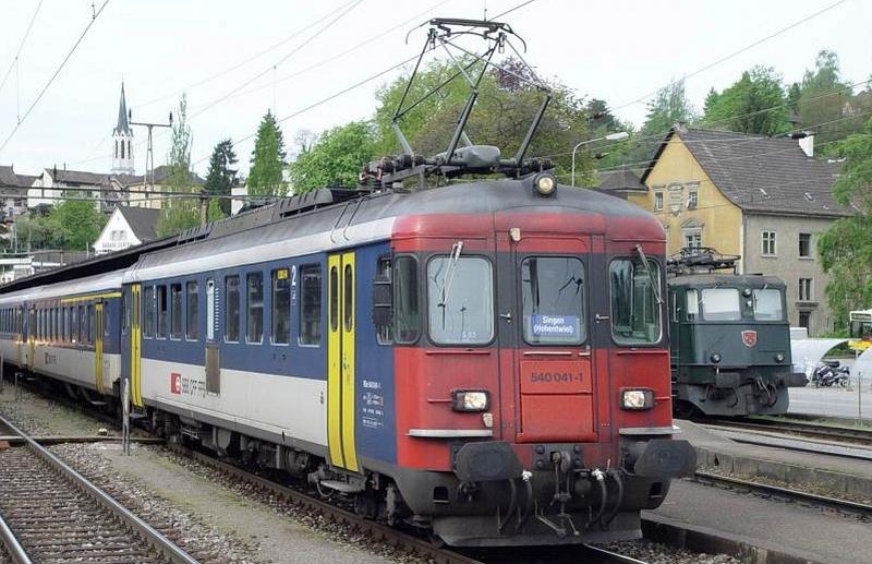 """Piko 96830 Set SBB RBe 540 und SBB BDt Steuerwagen """"NPZ"""""""