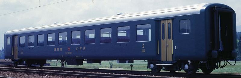 Roco 74962/63 SBB Schnellzugwagen EW II B, 2. Klasse