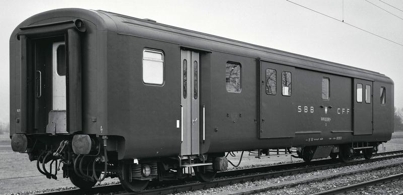 Roco 74564 SBb Gepäckwagen EW II D