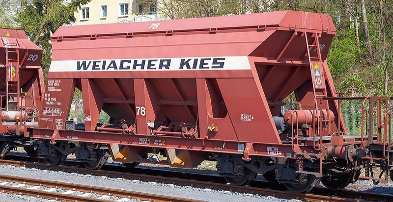 Jägerndorfer 66300 3-teiliges Kieswagenset Weiacher Kies Ep III/IV