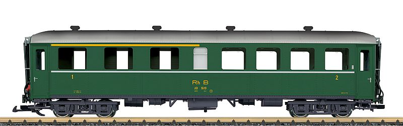 LGB 31524 RhB Personenwagen in 1. u. 2. Klasse grün
